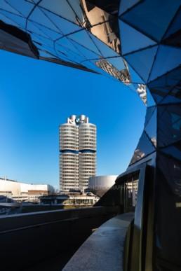 Architekturfotografie: BMW Museum München, BMW Hochhaus Vierzylinder   6058   © Effinger