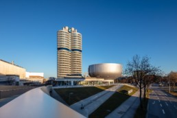 Architekturfotografie: BMW Museum München, BMW Hochhaus Vierzylinder   6092   © Effinger