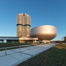 Architekturfotografie: BMW Museum München, BMW Hochhaus Vierzylinder   6123   © Effinger