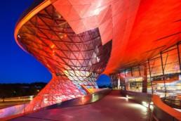 Architekturfotografie: BMW Welt München Helix bei Nacht   4844   © Effinger